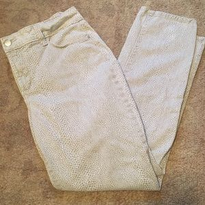 NYDJ White and Gray Snakeskin Print Jeans